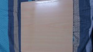 Bản nhựa 25 cm cứng màu vàng vân gỗ