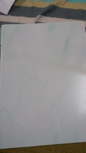 Bản nhựa 25cm cứng màu trắng pha xanh