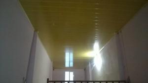 Trần nhựa chống nóng bản 18cm màu vàng vân gỗ Ngõ 110 trần duy hưng , cầu giấy ,hn