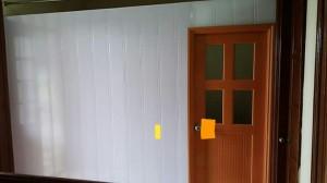Vách nhựa 2 mặt kèm cửa nhựa